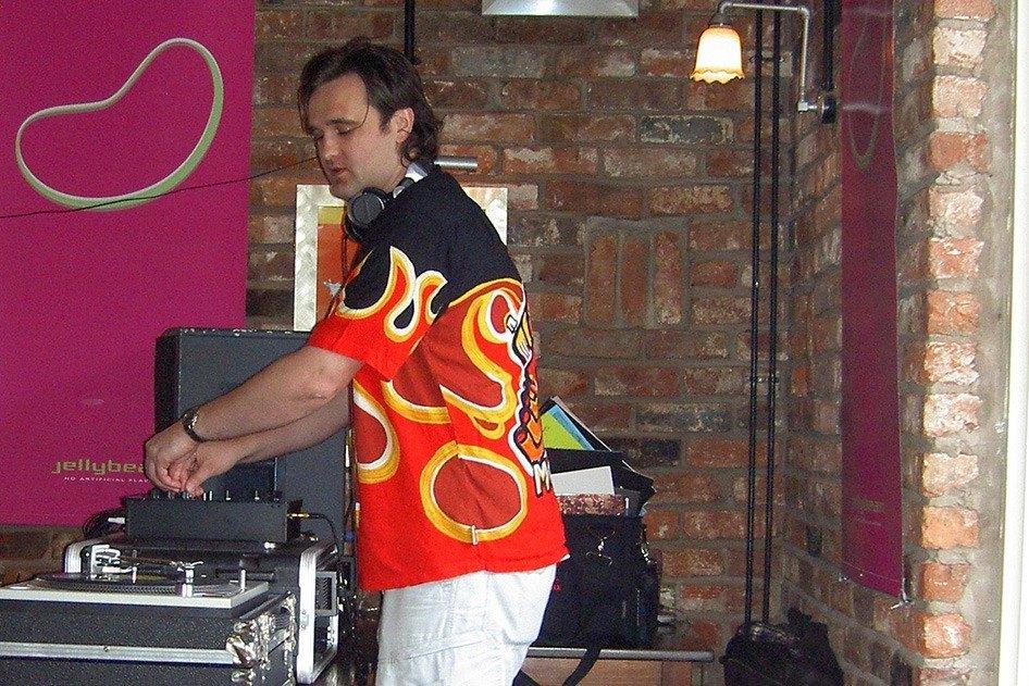 Steve as DJ (1)