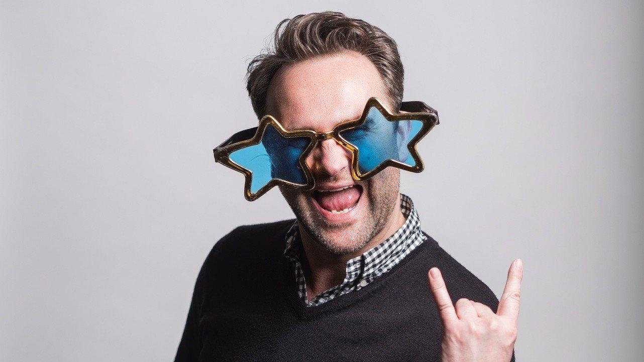 Steve wearing comedy glasses